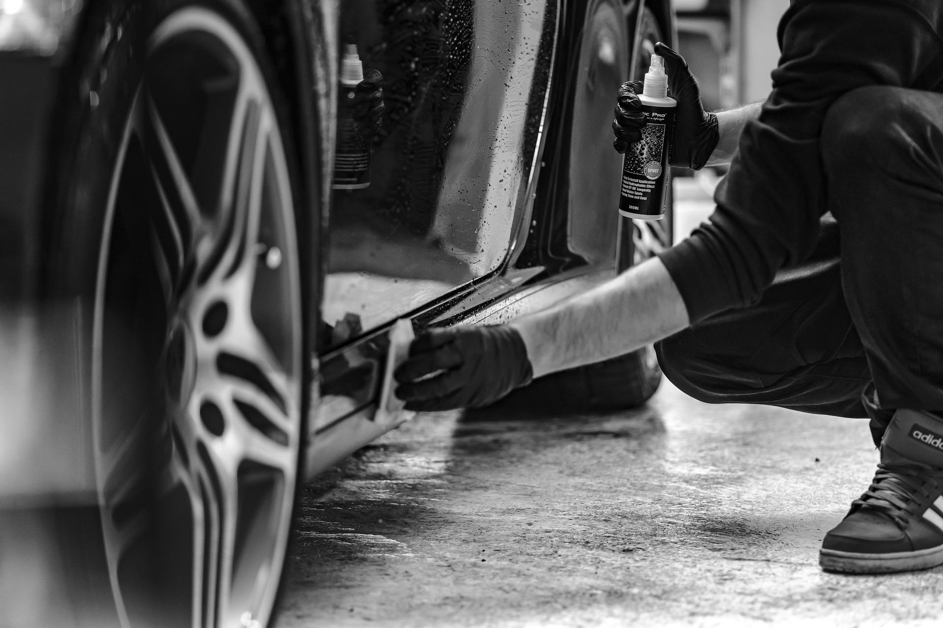 Auto-Reinigung und Pflege